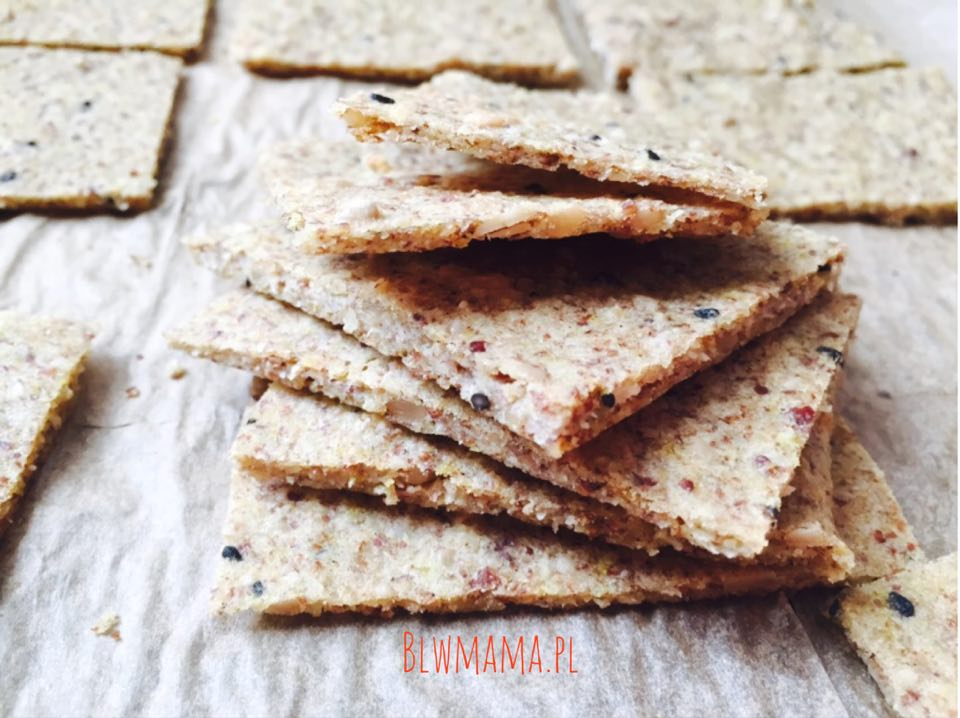 Addictive, easiest yeast-free bread a'la crispy crackers. Gluten-free BLW.