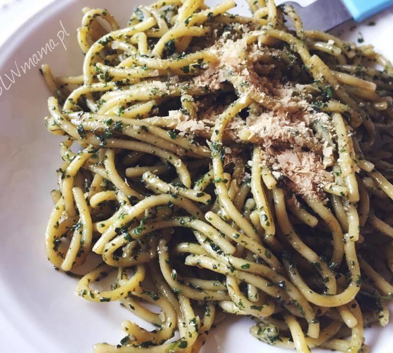Pesto z pokrzywy czyli zastrzyk żelaza na wiosnę! BLW